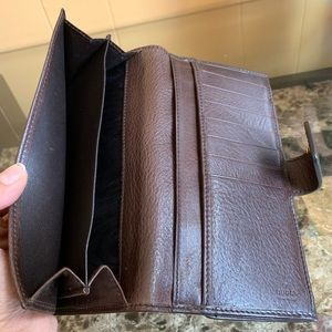 Gucci Bags - ⚡️FLASH SALE⚡️AUTH GUCCI HYSTERIA WALLET🌸